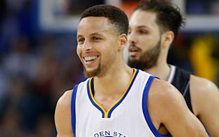 Curry continues to amaze for the Warriors, Cavs see off Kings
