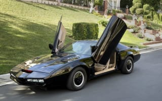 David Hasselhoff clears out his garage and puts KITT up for sale