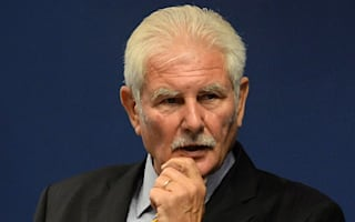Sports Direct Keith Hellawell stays as chairman despite shareholder revolt
