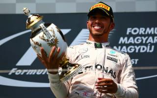 Hamilton still 'chasing' Rosberg