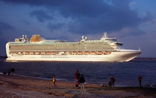 Second cruise liner hit by norovirus arrives back in Britain