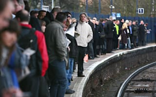 Network Rail warns of travel disruption as 'very strong winds' hit UK tomorrow