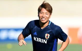 Arsenal loan Asano to Stuttgart