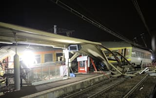 Looters targeted French rail crash wreck while victims were on board