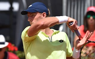 Anderson ousts Lorenzi in Geneva, Simon through in Lyon