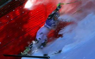 Vonn crashes out, Reichelt takes honours in Garmisch