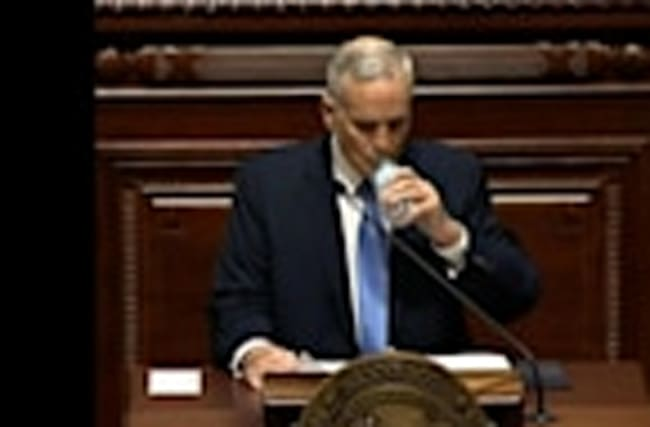 Minnesota Gov. Dayton Collapses During Speech