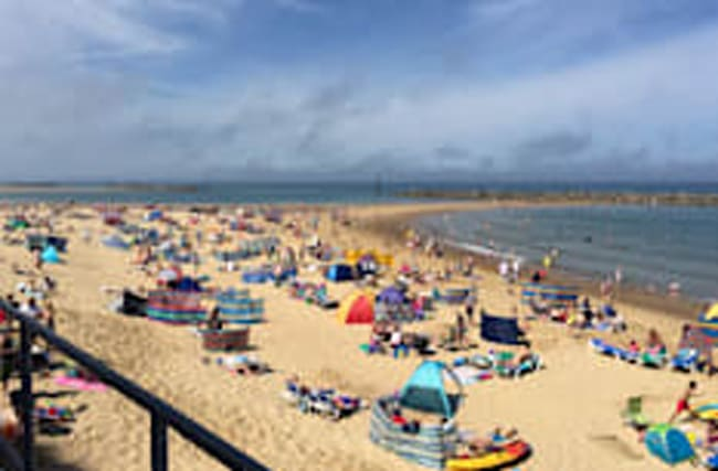 Swimmer dies after getting caught in rip tide at UK beach