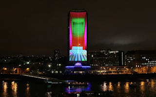 Video: London's landmark Millbank tower 'bends' in amazing light show