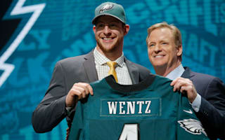Eagles officially sign Wentz to four-year contract