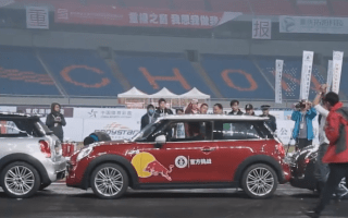Chinese driver breaks parallel parking record