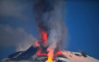 Mount Etna erupts, lava reaches 5,000m into the sky