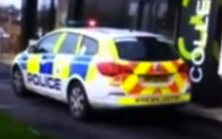 Police arrive at drive-through with lights on - for lunch