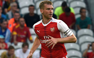 Wenger wants to sign Mertesacker replacement