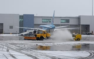 Travel warnings issued by top UK airports after snow
