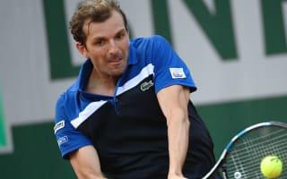 Dodig denies Benneteau first 2016 win