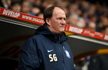 Sunderland turn to Grayson, as Short pledges to stay