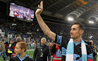 Klose refutes Lazio contract claims