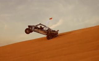 Watch 800bhp buggies shred Dubai's sand dunes