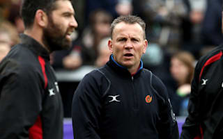 Jones to remain Dragons coach