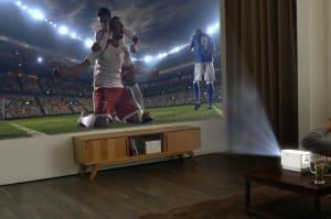 El proyector láser portátil LG ProBeam es perfecto para el día