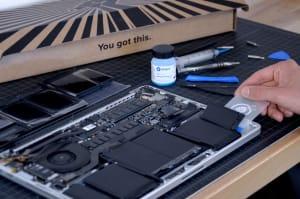 Ya puedes cambiar la batería de tu MacBook Pro Retina gracias a iFixit
