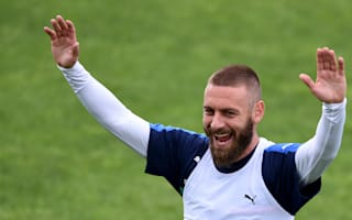 De Rossi: Don't discount Italy at Euro 2016