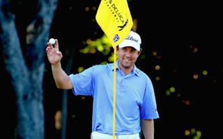Molder leads weather-hit Dean &amp&#x3B; DeLuca Invitational