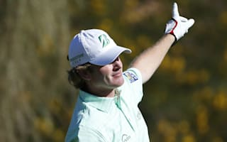 Snedeker out to overshadow Spieth at Pebble Beach