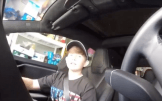 Father scares son with Tesla's autopilot system