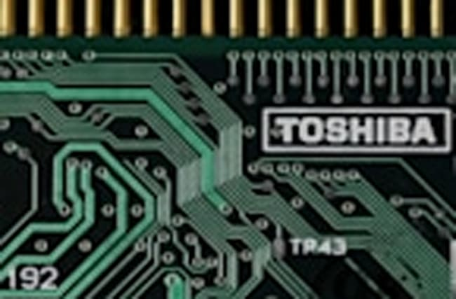 Toshiba misses chip deadline, sues Western Digital
