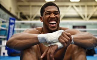 This is where he should be fighting! - De La Hoya wants to take Joshua to US