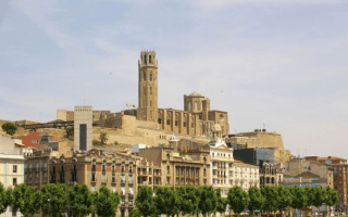 Five holidaymakers stabbed on street in Spanish tourist town