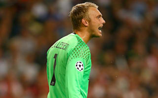 Cillessen returns for Ajax despite Barcelona talk