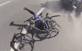 Cyclist's narrow escape will make you wince