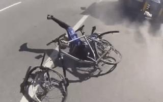 Cyclist's narrow escape will make you wince