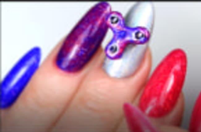 Fidget spinner nails