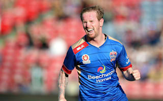 Newcastle Jets 3 Wellington Phoenix 1: Ten-man hosts end winless run