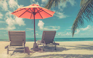 When should you buy your holiday money?