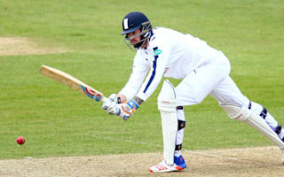England bowler Topley suffers fractured hand
