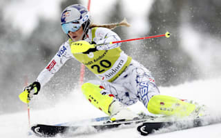 Vonn suffers 'substantial fracture'