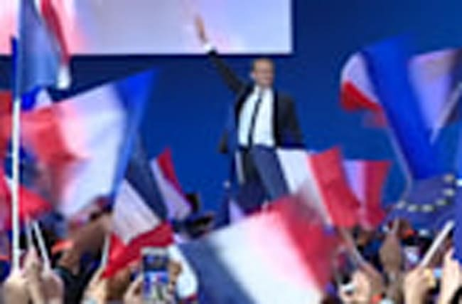 The defeated French parties hold crisis talks