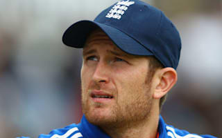 Dawson delivers before India make ominous start to reply