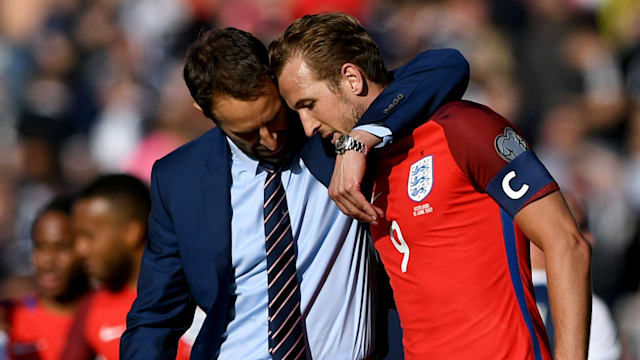 Kane scores late in England's 2-2 draw vs Scotland