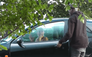 Pranksters reveal drivers' reactions to strangers in their cars