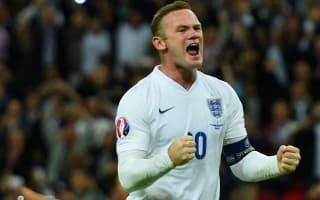 Rooney is still England's best striker - Crouch