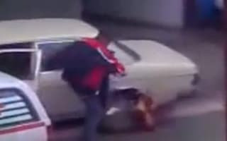 Video: Angry driver removes clamp with his feet