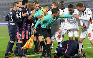Bordeaux 0 Nice 0: Balotelli, Belhanda see red as Ligue 1 leaders slip up