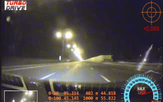 Video: Nissan GT-R suffers tyre blowout at 203mph