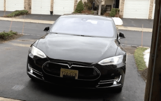 Tesla's Model S update sees Apple Watch compatibility